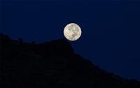 غروب القمر