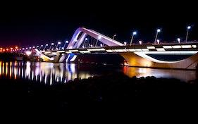جسر الشيخ زايد – العاصمة أبوظبي