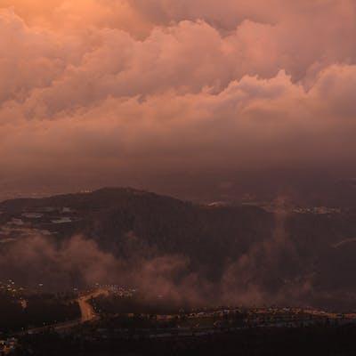 كثافة الغيوم مع الغروب